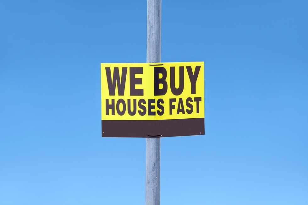 We buy house very fast hording