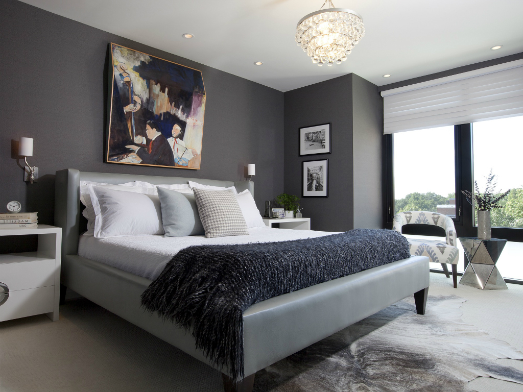 pictures in master Bedroom