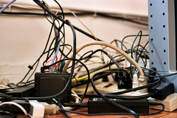 wire clutter